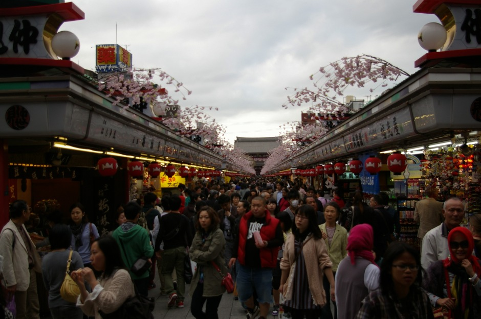 Shoppers crowd the popular souvenir market in Asakusa